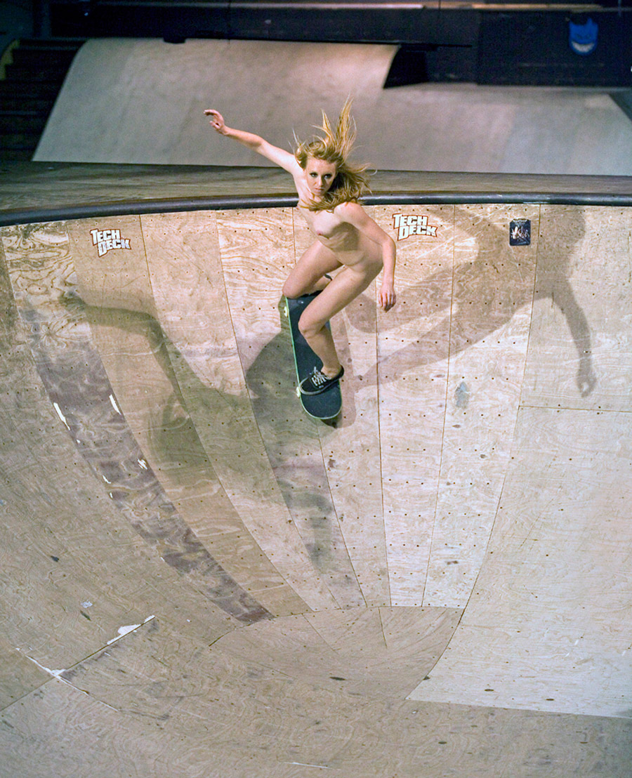 Excellent message nude girl on skatepark
