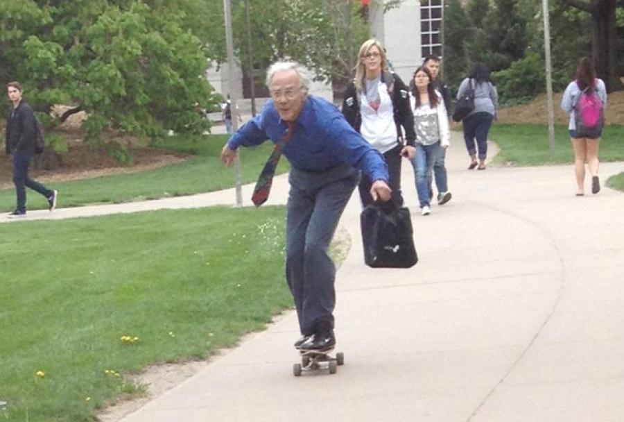 Resultado de imagen de old man have fun