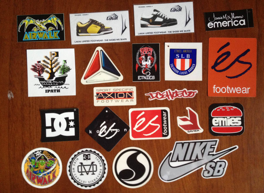 Skateboard-Sticker-Collection-11-Es_DC_SHoes