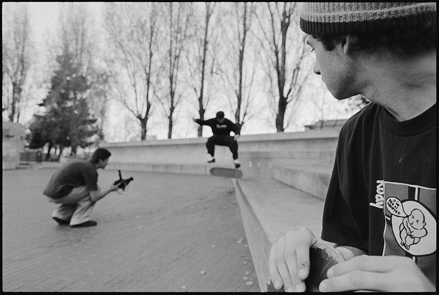 Mike Caroll Looking onto Aaron Meza filming Chico Brenes / photo: Tobin Yelland