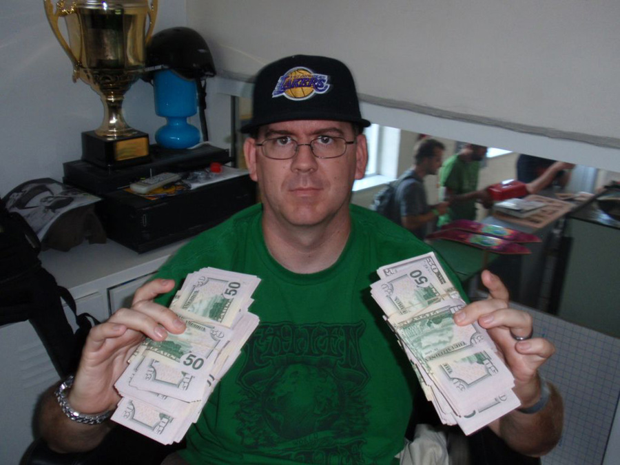 Jason Rothmeyer with cash $$ prizes