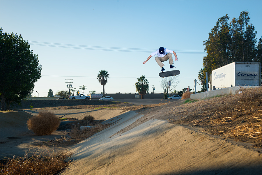 suicidal nollie flip / photo: gabe morford