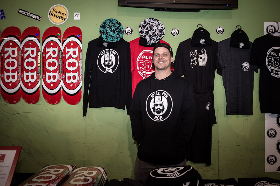 See, this dude's repping the Roll for Rob gear hard!