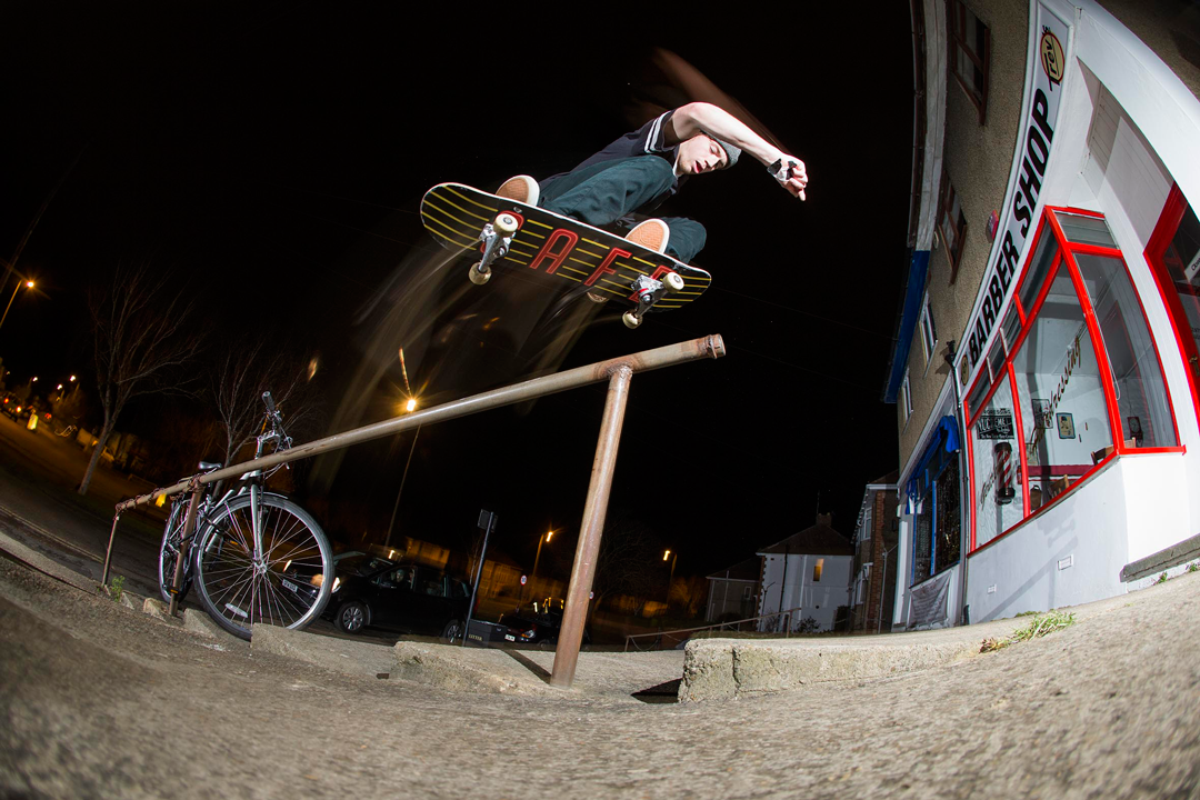 switch backside 180 over the rail