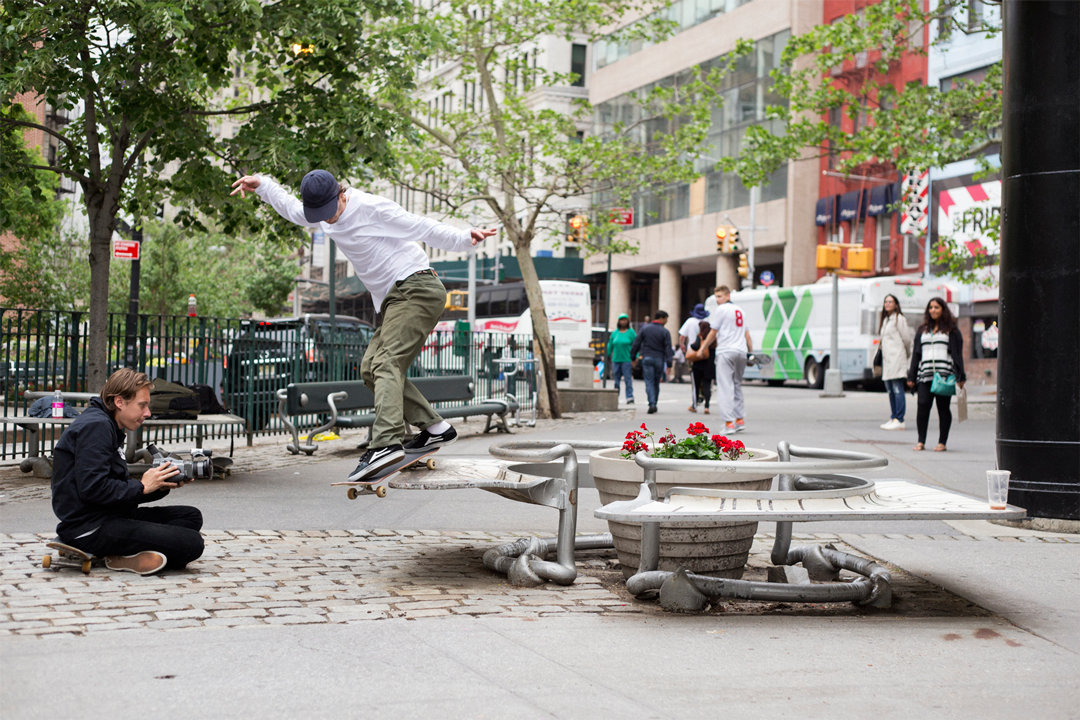 Danny Brady dipping the smith for the most emulated filmer in the game