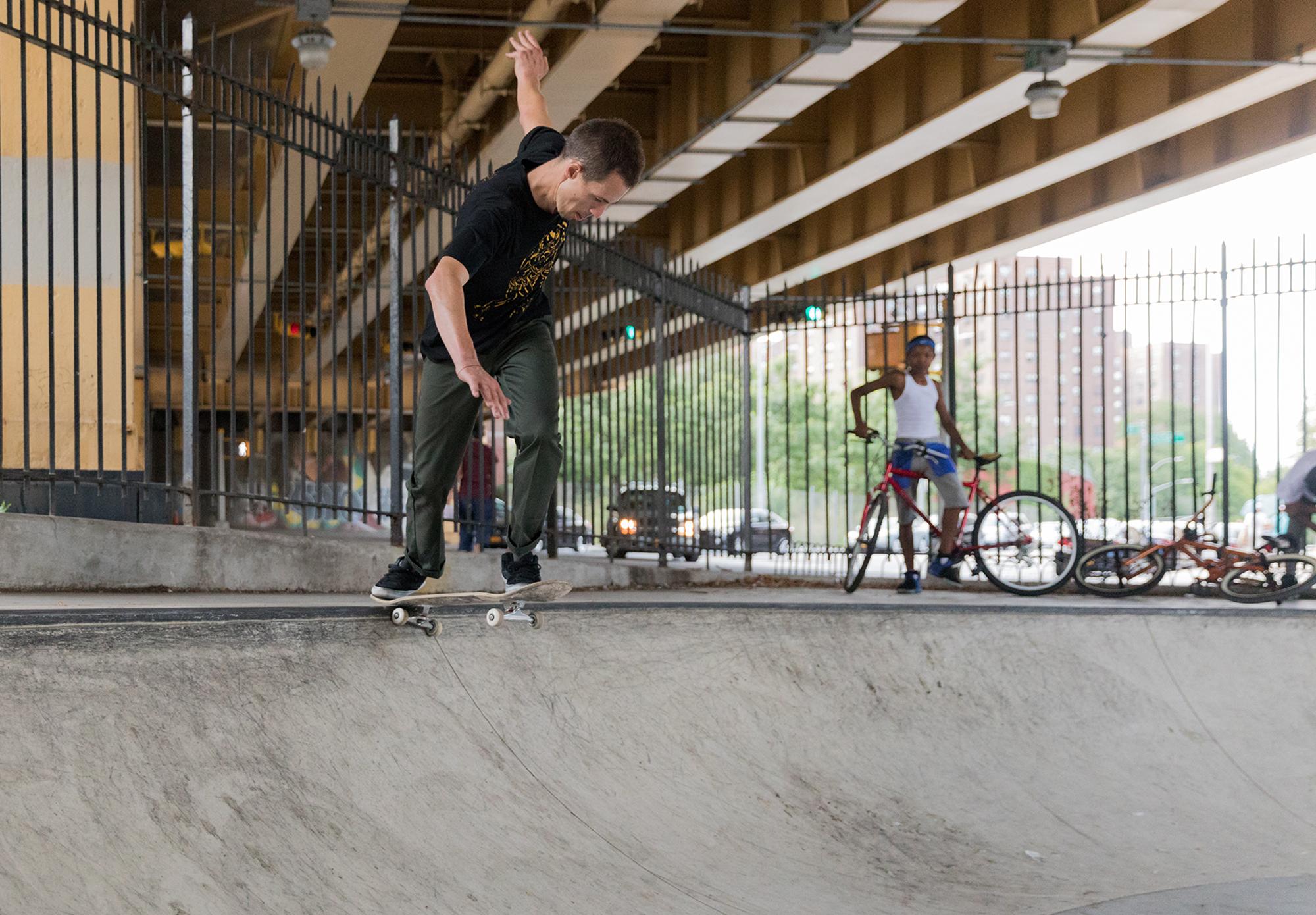 Learn skate tricks